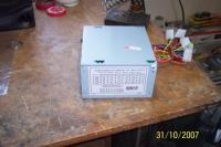 Name: 100_3651.jpg Views: 672 Size: 74.4 KB Description: Fuente de poder para PC ATX de 450 watts en su estado original.