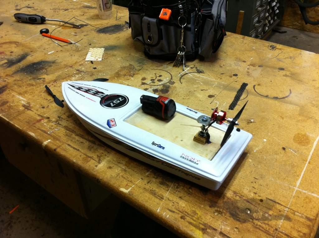Name: Snowboat.jpg Views: 183 Size: 97.2 KB Description: