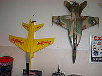 Name: DSC03436.JPG Views: 56 Size: 660.6 KB Description: Honor place in formation with my SuperHornet :)