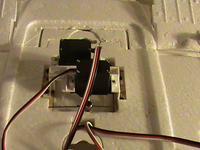 Name: DSC01614.jpg Views: 1194 Size: 39.4 KB Description: aileron and flap servos.