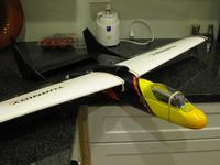 Name: glider_0561.jpg Views: 635 Size: 54.1 KB Description: canopy is removable and will be held on by magnets