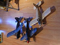 Name: DSCN0910.jpg Views: 131 Size: 74.4 KB Description: My squadron, guess which one is not a Guillow's kit.