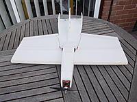 Name: IMGP2815.jpg Views: 225 Size: 273.4 KB Description: Two 9 gram servos for ailerons