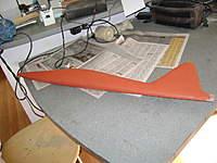 Name: DSC00300.jpg Views: 242 Size: 38.8 KB Description: El Jart, rojo de la ira..  mas bien totalmente cubierto con una capa ínfima de masilla roja y dejándola secar toda la noche para su lijado posterior.