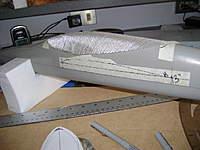 Name: DSC00326.jpg Views: 238 Size: 33.5 KB Description: colocación de la muestra de la cabina encima de la matriz, (la cabina servirá de freno de aire del avión )
