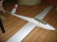Name: DSC00690.jpg Views: 50 Size: 145.7 KB Description: Salto H-.101 flyfly modified, a poor hardware. good plane with CG modification.