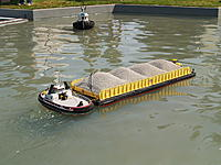 Name: SDMandMels barge2008.jpg Views: 255 Size: 289.6 KB Description: