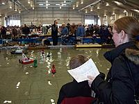Name: 100_3201 copy.jpg Views: 101 Size: 93.0 KB Description: Even the parents are thinking, I CAN build that boat.