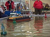 Name: 100_3206 copy.jpg Views: 69 Size: 87.2 KB Description: Big barge on a small course.