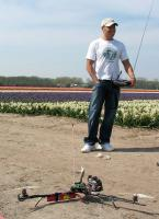 Name: IMG_9638.jpg Views: 1123 Size: 116.6 KB Description: Peter and his tricopter