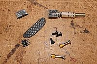Name: tn_MIB4.jpg Views: 201 Size: 148.7 KB Description: Bits and pieces included in the kit. Srews for wing and tailplane, nuts for wingbolts, chargingjack, pylon, blade and wingplug.