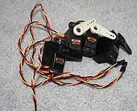 4 Hitec 5245MG digital mini servos with arms - RC Groups