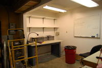 Name: DSC_0442.jpg Views: 101 Size: 53.0 KB Description: How to make best use of this space under the workbench?