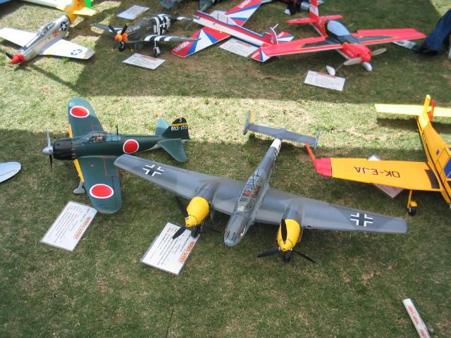 Name: hlspread.jpg Views: 281 Size: 90.3 KB Description:  Several of Hobby-Lobby's planes.