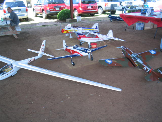 Name: horizonspread.jpg Views: 237 Size: 65.8 KB Description:  Horizon Hobby's Planes.