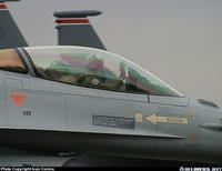 Name: f- 16 piolet.jpg