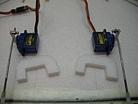 Name: IMG_0381.jpg Views: 347 Size: 134.3 KB Description: Some foam supports to make sure those servos don't come loose...