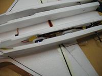 Name: IMG_0434.jpg Views: 362 Size: 109.9 KB Description: Different view of rudder pushrods...