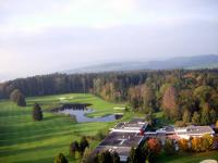 Name: golf1.jpg Views: 161 Size: 66.5 KB Description: The clubhouse and driving range