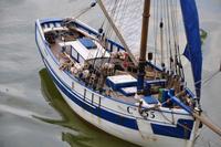 Name: MS09_9.jpg Views: 184 Size: 82.0 KB Description: A french fishing boat