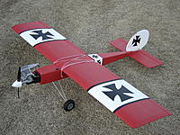 Name: DSC06381.jpg Views: 83 Size: 313.5 KB Description: My first scratch build airplane with nitro engine.