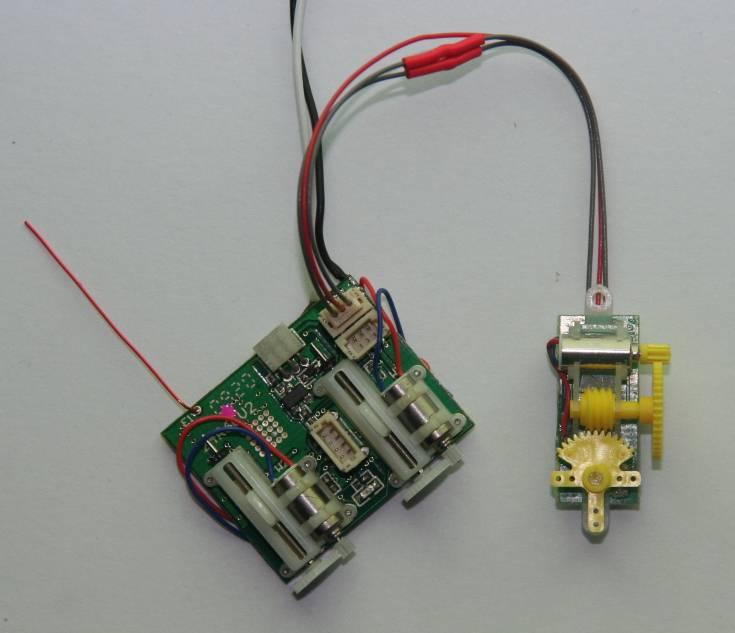 Name: ar6400-falcon_sm.jpg Views: 1,037 Size: 35.9 KB Description: Falcon 1.6g servo connected to AR6400 ch2