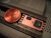 Name: @AtMeLrX 001.jpg Views: 250 Size: 70.4 KB Description: Tssop 8 pin H-bridge next to an atmel Mega8L MCU TQFP 32