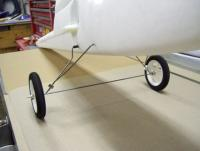 Name: 100_0482.jpg Views: 453 Size: 43.7 KB Description: landing gear plugs into tubes that are glued into the fuse