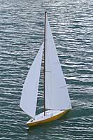 Name: Etchells 2.jpg Views: 165 Size: 128.4 KB Description: kit boat with single panel sails