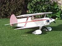 Name: CIMG1838.jpg Views: 433 Size: 129.4 KB Description: A pretty serious pilot but he does a good job.