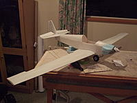 Name: DSCF3241.jpg Views: 425 Size: 155.9 KB Description: wings painted and the spinner has arrived so can now finish the cowl.