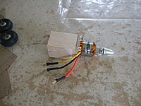 Name: DSCF3374.jpg Views: 208 Size: 179.8 KB Description: motor mount.One of the locator lugs can just be seen