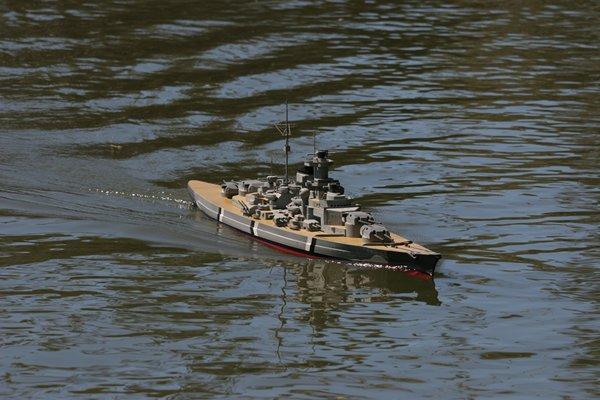Name: m_Picture 039.jpg Views: 295 Size: 57.3 KB Description: Bismarck