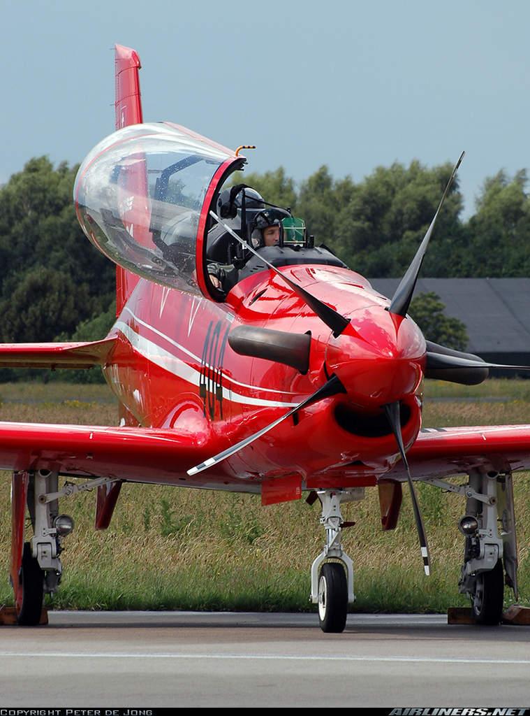 Name: Pilatus PC-21 2.jpg Views: 693 Size: 116.1 KB Description: 5-bladed prop, ooooh!