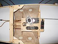 Name: A3 Oct. 2012 007 (640x480).jpg Views: 222 Size: 174.0 KB Description: sail winch: Hi-tec HS 755HB rudder: Hi-tec  HS 645MG battery: 2000 mAh 5 cell 6V