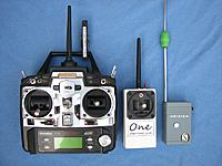 Name: one_3.jpg Views: 350 Size: 65.1 KB Description: Small, full range 'One-plus-one' transmitter, 7C and Pixie for size reference