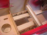 Name: DSCN6594.jpg Views: 476 Size: 52.0 KB Description: hardwood rails in place
