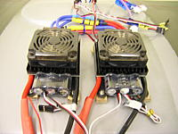 Name: DSCN8376.jpg Views: 105 Size: 177.5 KB Description: twin cooling fans added later