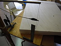 Name: SAM_1562.jpg Views: 266 Size: 126.5 KB Description: Set my bow up verticle to the table with some G clamps.,