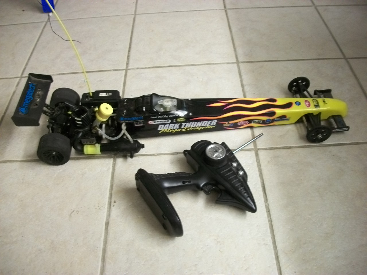 Name: Dragster 001.jpg