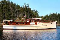 Name: 1981_47'_Belle_-_starbd.jpg Views: 278 Size: 74.4 KB Description: This is a lot more like the boat in the movie. It's a Consolidated yacht.