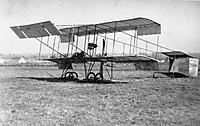 Name: HenriFarmanBiplane.jpg Views: 45 Size: 26.9 KB Description: Henri Farman biplane,.... 1909