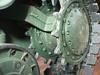 Name: KV-1 012.jpg Views: 150 Size: 76.9 KB Description: Rear metal drive wheel
