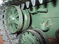 Name: KV-1 011.jpg Views: 154 Size: 82.5 KB Description: metal front idle wheel