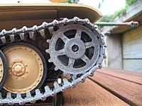Name: Jagdpanther 017.jpg Views: 116 Size: 222.5 KB Description: Naked straight outa the box - metal tracks & drive sprocket