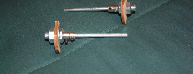 Quality hardware was provided for wheel/pant mounting.