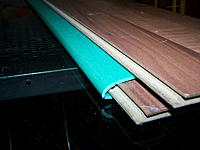 Name: 100_5056.jpg Views: 311 Size: 131.1 KB Description: And now it takes a lot of patience. Bending the depron until this phase takes about half an hour, little by little. It has to be left in this position at least 24h