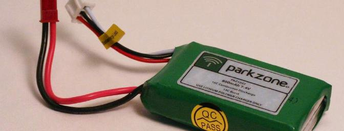 The 2S 800mAh 10C LiPo, with balancing tap.