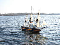 Name: 04.jpg Views: 109 Size: 114.9 KB Description: The ship is really moving in this view