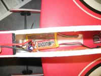 Name: IMG_1886.jpg Views: 226 Size: 86.3 KB Description: Lipo located here gives me a tad of nose heavy on the CoG.